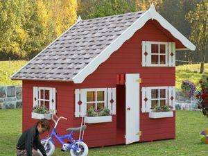 Dřevěný dětský domeček TOM