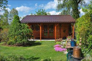 srubová zahradní chatka