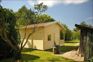 Srubová zahradní chata Libor 2 s patrem na spaní